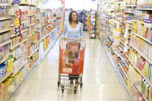 supermarket-aisle-women-pushing-caddy